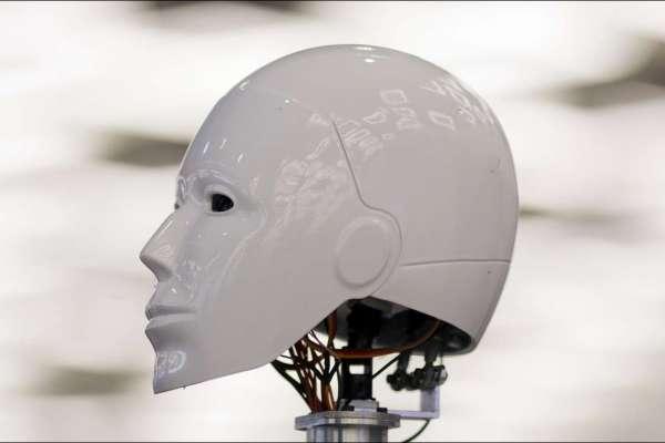 AI新冷戰》中國步步進逼趕超!五角大廈:2025年全面部署人工智慧是關鍵