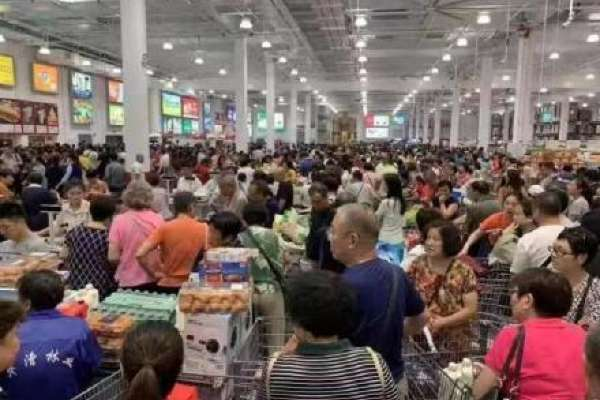 台灣人根本搞錯重點:上海Costco真正對手是大潤發,它不怕你退貨,只怕你不退!