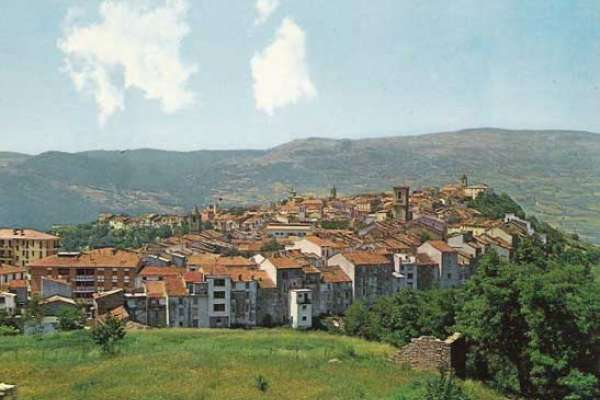 到風景如畫的鄉間生活,還能爽拿85萬!義大利南部小鎮「聘請」移民刺激人口成長