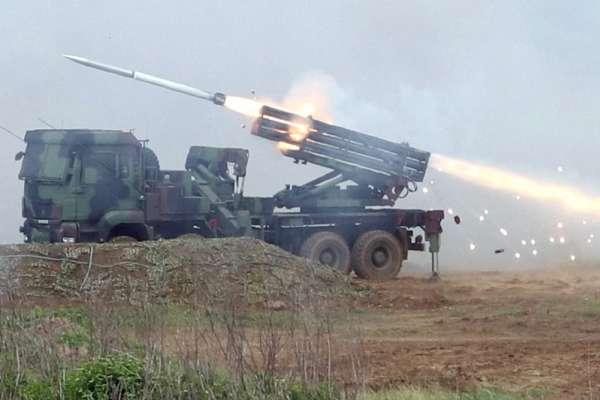 灘岸殲敵利器「雷霆2000多管火箭」 國防部:最具威力的現代化多管火箭系統