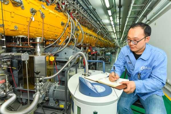 中國「超級顯微鏡」開啟新一輪微觀世界探秘之旅