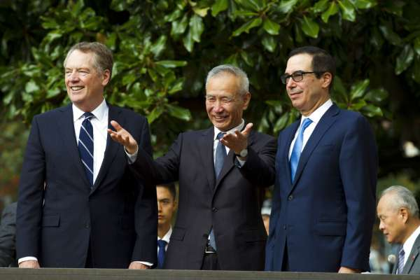 「我們跟中國進行了非常好的談判!」中美磋商傳出正面消息,川普心情大好:明天在白宮見劉鶴