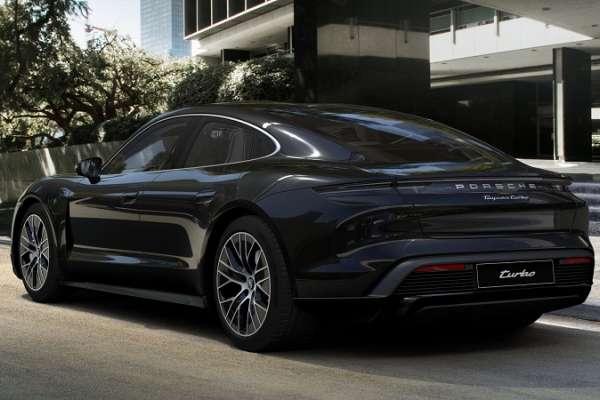想買高階電動車?特斯拉已不再是唯一選擇,保時捷發表電動車款Taycan,售價跟特斯拉最低只差1萬美元!