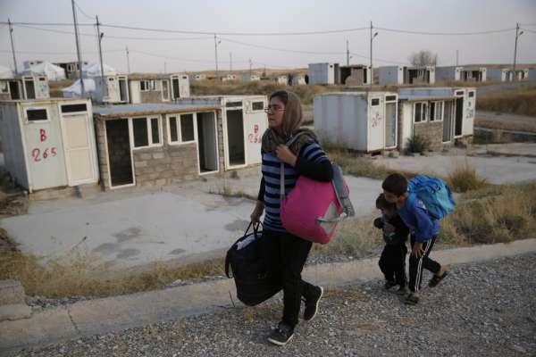 「家園已毀,也沒人幫忙!」美國人背叛他們,土耳其侵略他們,敘利亞難民:只有上帝與我們同在
