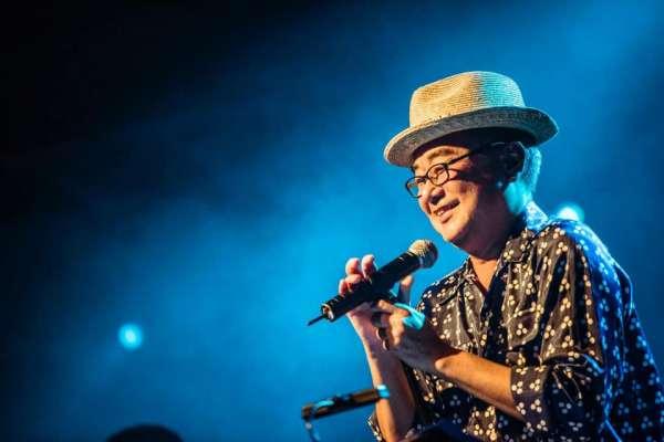 飆唱26年不停歇!不老唱將陳昇再辦跨年演唱會、推「無歌詞」專輯,創作靈感竟是小黑蚊