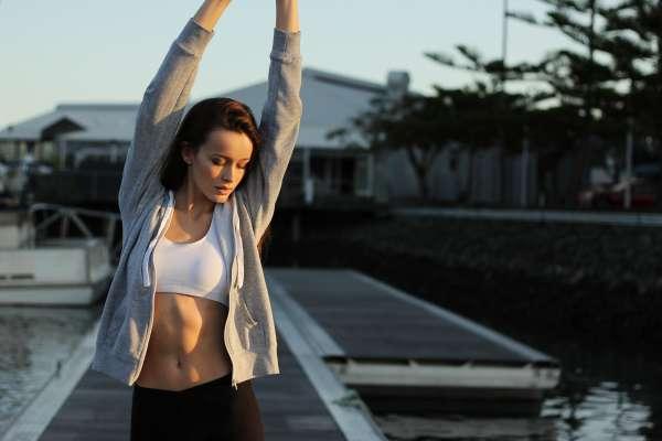 努力嘗試規律運動、健康飲食,卻總是半途而廢?專家:多說這句話,習慣養成機率將增六成