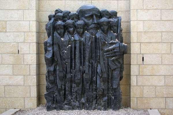 世界兒童日》「如果禁止孩子吵鬧,就像是禁止心臟跳動」波蘭兒童人權之父柯札克百年前的超進步教育觀念