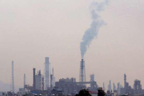 陳椒華觀點:防範病毒也要防範PM2.5
