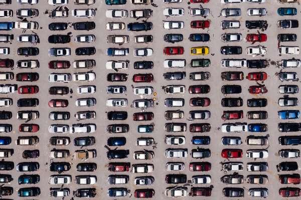 300字讀電子報》產能過剩30%,還有一兆美元的債務!全球車市苦日子還在後面!