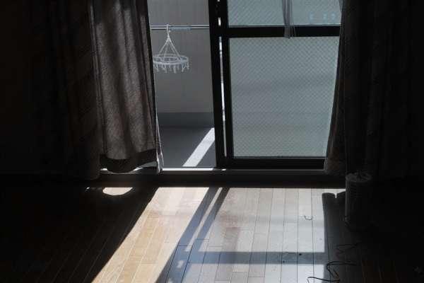 日本首例!東京將補助犯罪被害人搬家費最高5.4萬,強盜、強制性交…這些受害者都納入