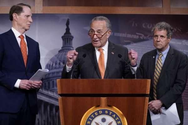 美中簽署《第一階段經貿協議》,民主黨人痛批川普「向北京投降」:中國承諾不可信!