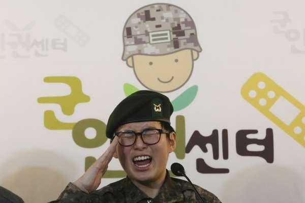 「我也能成為保護國家的偉大士兵」南韓首位變性軍人遭革職!她告上法院,要以女性身分繼續服役