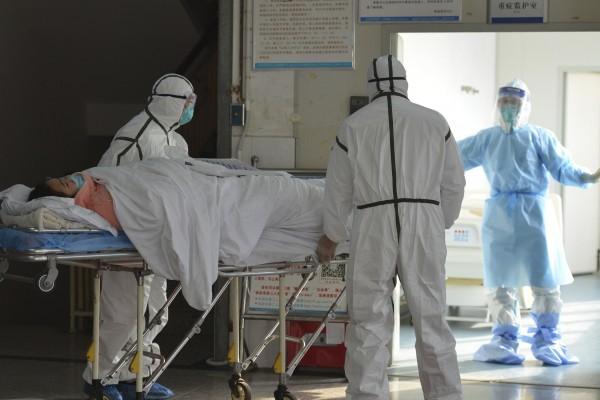 武漢恐會有50萬人染上肺炎!英醫學院模型預估:2月底將是疫情降溫關鍵