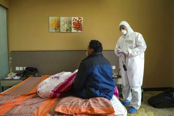 「我真的沒病!」他們從武漢返國隔離結束仍遭鄰居歧視…專家:這群人反而最安全