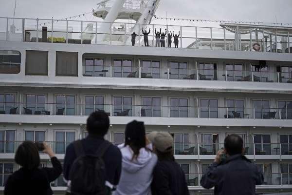「鑽石公主號」乘客終於要下船了!確診一路飆升至542例,日本政府隔離策略大失敗
