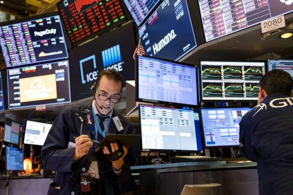 納斯達克重挫,科技股危險了嗎?6張圖帶你看懂,全球法人買什麼股票最多!