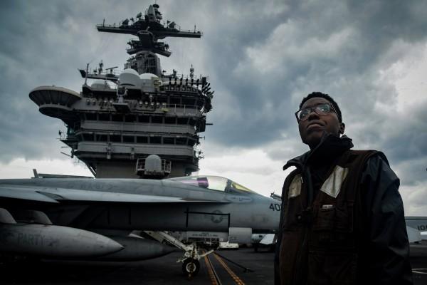 美軍版「鑽石公主號」?羅斯福號航母確診近兩百人,艦長要求緊急撤離竟遭拒 美防長艾斯培:沒那麼嚴重