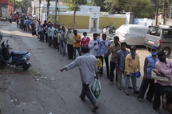 要居家隔離就蓋個章,14天後才洗得掉!《華爾街日報》揭印度超狂防疫策略