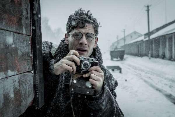真相的滋味》餓到啃樹皮、吃人肉!28歲獨立記者揭發烏克蘭大飢荒:一個人對抗蘇聯、英國首相與普立茲獎的故事