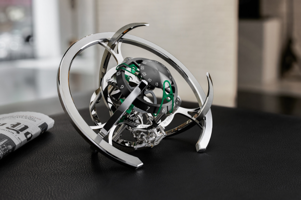 限量不到300組,MB&F新座鐘在「太空站」造型裡藏了什麼新巧思?