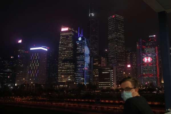 香港風暴再起,繼國家安全法通過,國歌法今通過,香港經濟風雨欲來!