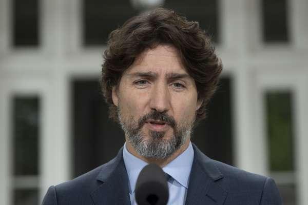 「你對美國總統揚言動用軍隊鎮壓示威有何感想?」加拿大總理杜魯道:…………………21秒的沉默
