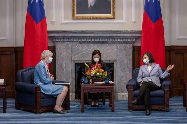 接見英在台辦事處代表唐凱琳 蔡英文提及香港議題:盼台英共同相挺