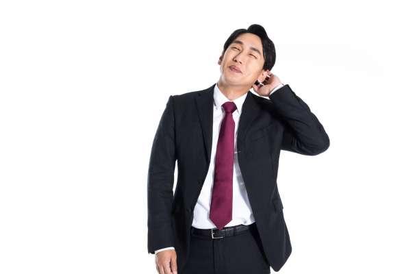活潑、健談的人,工作都比較順?錯!專家:不必假裝外向,一樣能在職場發光