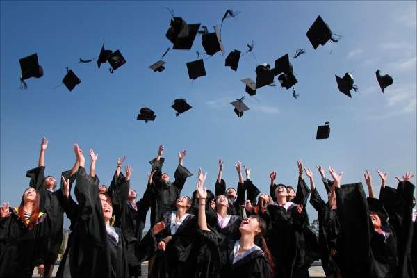 就是要進SONY上班!日本畢業生就業志願排行:文組、理組都上榜