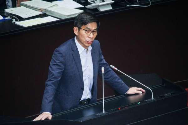 蘇震清涉貪收押 鍾佳濱嘆:對民進黨傷害極大,但只能交由司法裁量
