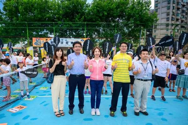 竹市暑期網球育樂營開訓 300小網友活躍球場生龍活虎