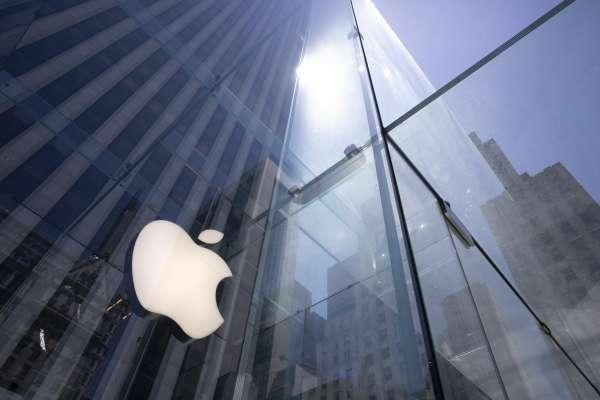 蘋果擠下三星!睽違4年,登上全球智慧手機龍頭寶座