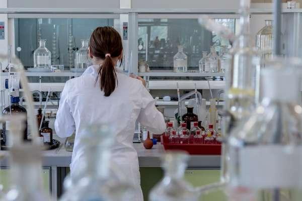 鄭春鴻觀點:衛福部開放細胞治療的未來