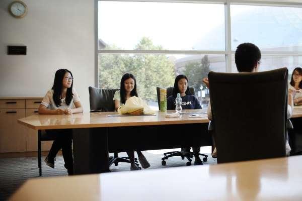 華爾街日報》「漢學熱」在中美關係惡化下降溫,愈來愈多學生選擇台灣