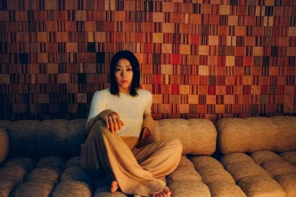還記得《First Love》給你的感動嗎?其實日本最傳奇歌姬宇多田光,第一張專輯竟乏人問津