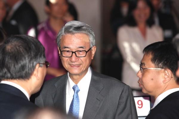 吳東進被停職,他買過這一檔,讓新壽大賠60億