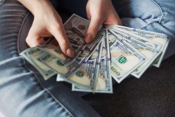 高收入=提早退休?財務規劃師打破高薪族的理財迷思:2大風險千萬要小心