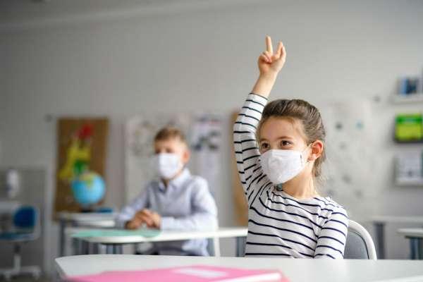 讓兒童一直戴口罩,恐怕影響在校學習能力?專家一席話解除家長擔憂