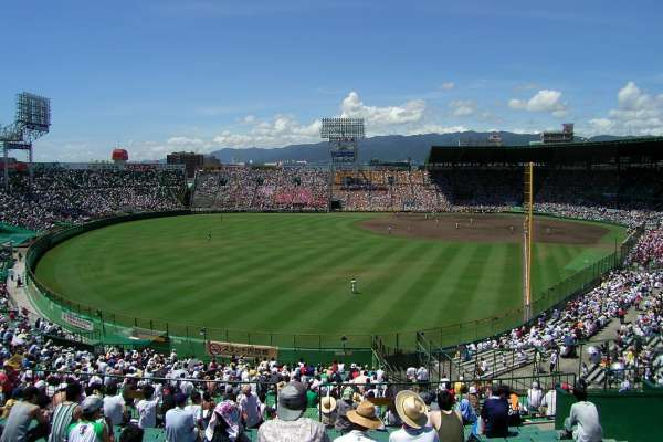 棒球賽纏鬥25局仍0比0,雙方投手都完投…揭甲子園史上最長一戰