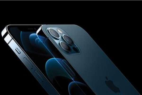 「常用夜拍、變焦拍照,就選iPhone 12 Pro!」達人實測:這款質感最好,不易手滑噴飛