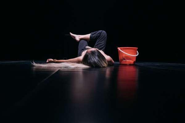 蘇品文《少女須知(後)》獲本屆臺北藝穗最大獎  5組年度團隊挑戰即刻重演 呈現新生代創意