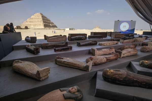 解密》埃及考古新發現! 古墓出土上百具彩繪棺木 穿梭2500年歷史長河