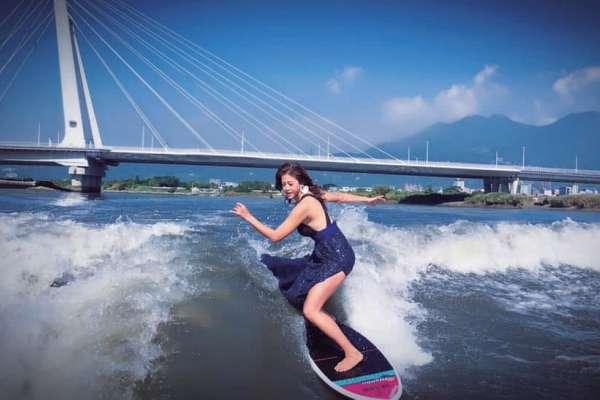 20歲賺到百萬、35歲才學快艇就得獎31次!快艇衝浪女神:年紀和身分不該是阻擋自己熱血的藉口