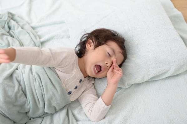 睡午覺到底對小孩有多重要?專家揭有沒有午睡的驚人差異:6歲是關鍵時期