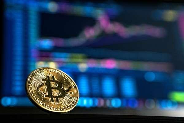 股市算什麼,比特幣一周就大漲8%!它會創新高價嗎?
