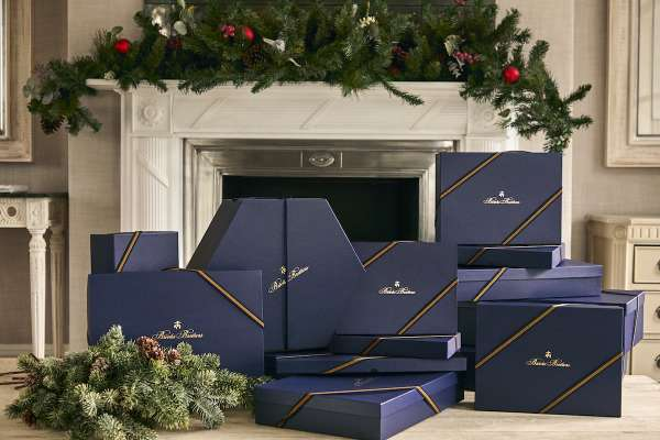 Brooks Brothers 推薦精選商品迎接聖誕,經典藍盒蘊藏美好回憶