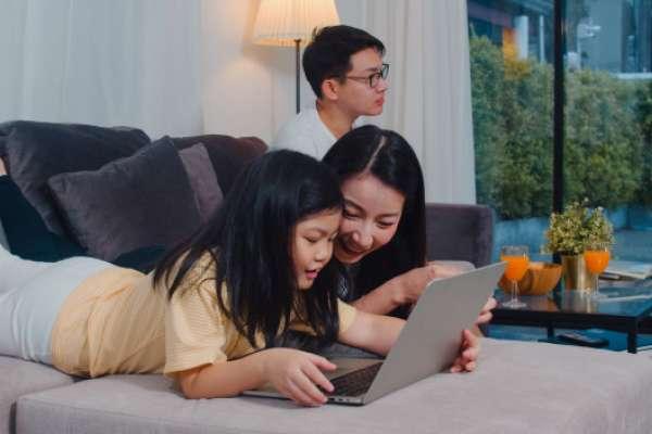 告別家中網路斷線、上網死角的致勝關鍵:使用1G光纖上網,更要搭配Wi-Fi6分享器!