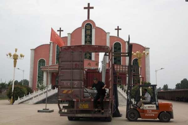 在中國,傳播聖經會構成「非法經營罪」!看北京當局如何壟斷聖經的出版發行