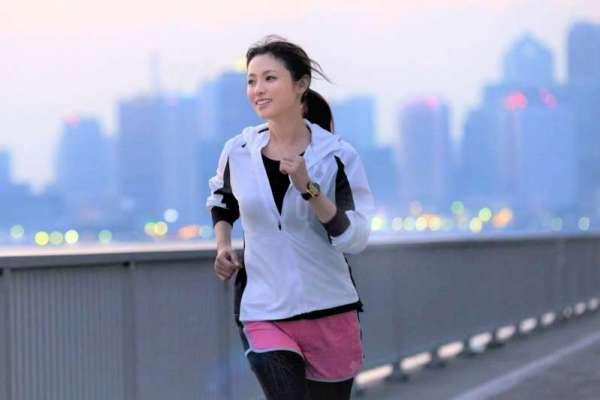 下班後唯一能做的運動,只剩下慢跑?盤點15種上班族運動新選擇,持續做就會不小心瘦下來