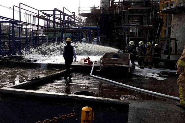 高雄化工廠安管不善釀火災勒令停工 勞工局籲趕工首重安全